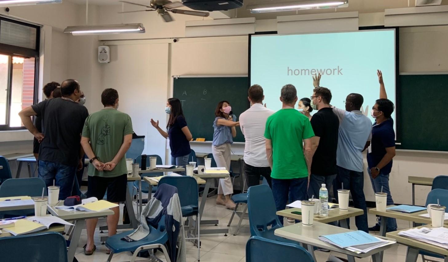 文藻外大師訓團隊教老外如何教英語